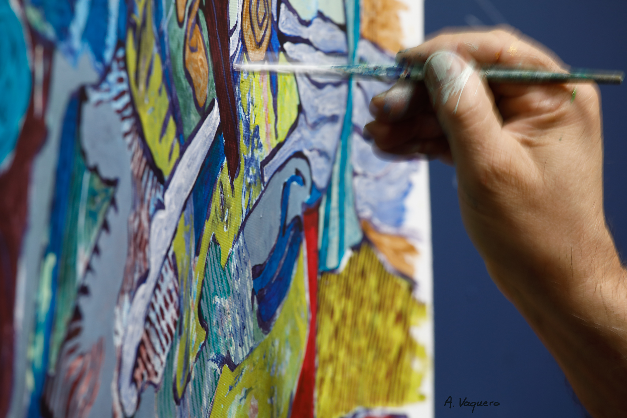 L'artiste Franck CAVADORE dans son atelier de Tarnos 1 © Alexandra VAQUERO