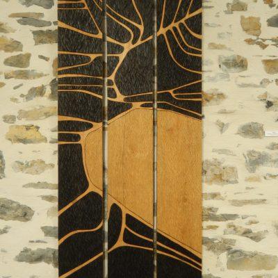 SEVES (triptyque) - Relief en châtaigner - Artiste Christiane GIRAUD - Hauteur 170cm Largeur 24 cm X 3 panneaux